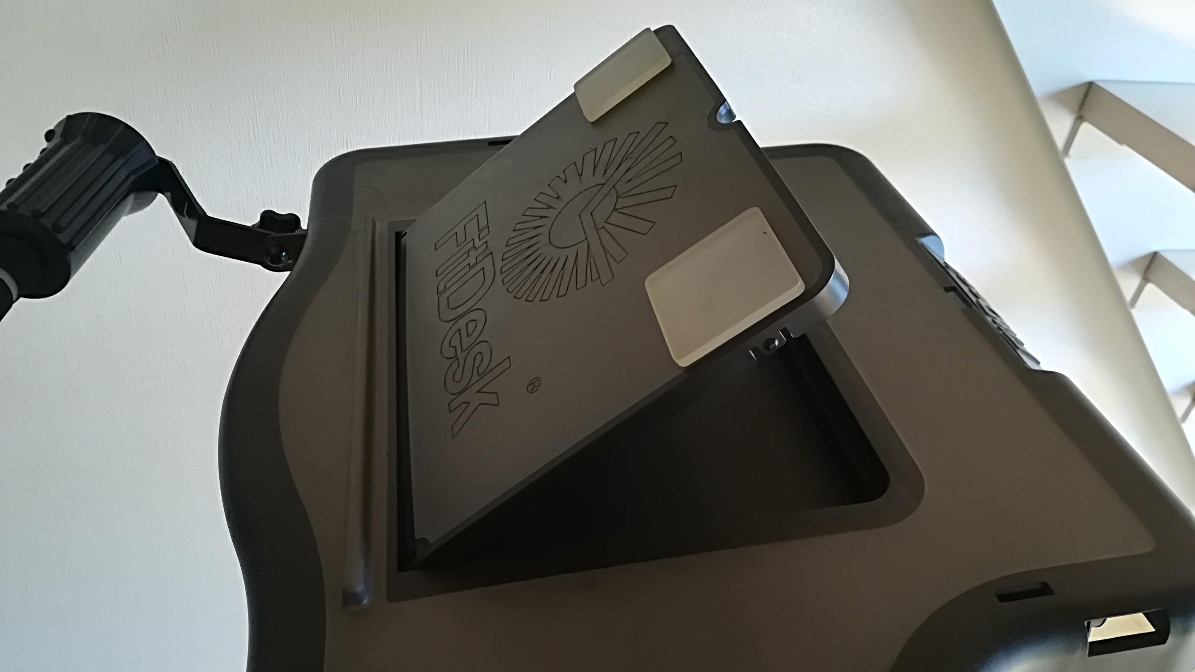 フィットデスクの机